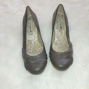 American eagle by Payless Mary Jane brown sz 7